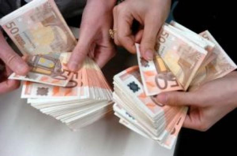 Mēs piedāvājam aizdevumus no 2000 līdz 500 000 eiro